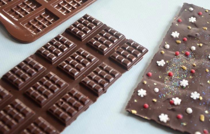 tablettes-de-chocolat-de-noel-2_730x466_acf_cropped